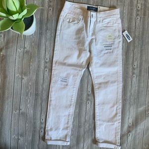 Old Navy Distressed Ankle Length Jean